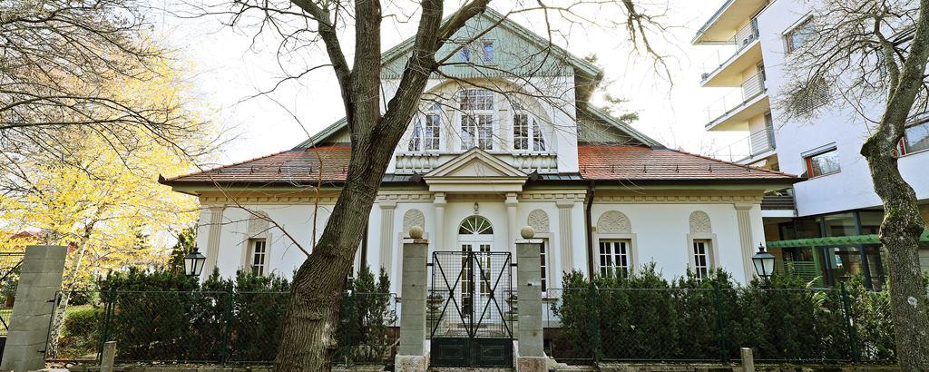 Újra megnyílt a Gyetvai Villa